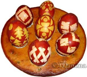 vt021wq Красим пасхальные яйца без химии
