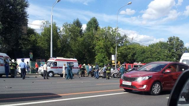 Авария на Кутузовском 17.07.2013 видео